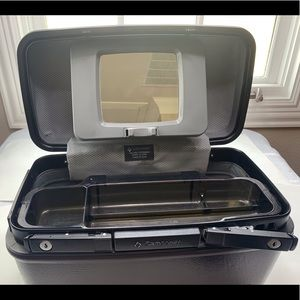 Samsonite Vintage Make up Train with Tray and Key